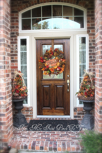fall-front-porch-decorating-ideas-009 (426x640, 137Kb)