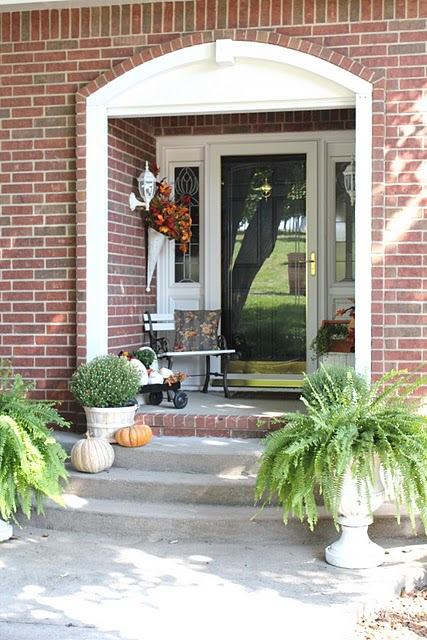 fall-front-porch-decorating-ideas-21 (427x640, 94Kb)