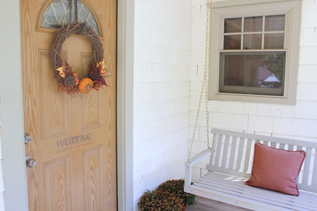 fall-front-porch-decorating-ideas-23 (462x308, 38Kb)