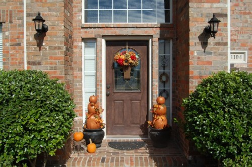 fall-front-porch-decorating-ideas-38-500x332 (500x332, 68Kb)