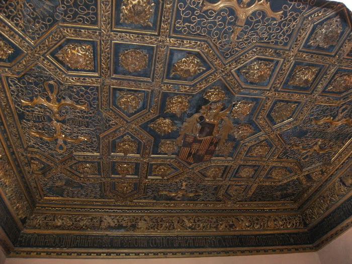 Замок Альхаферия (Castillo de Aljaferia) - жемчужинa испанского исламского наследия 49597
