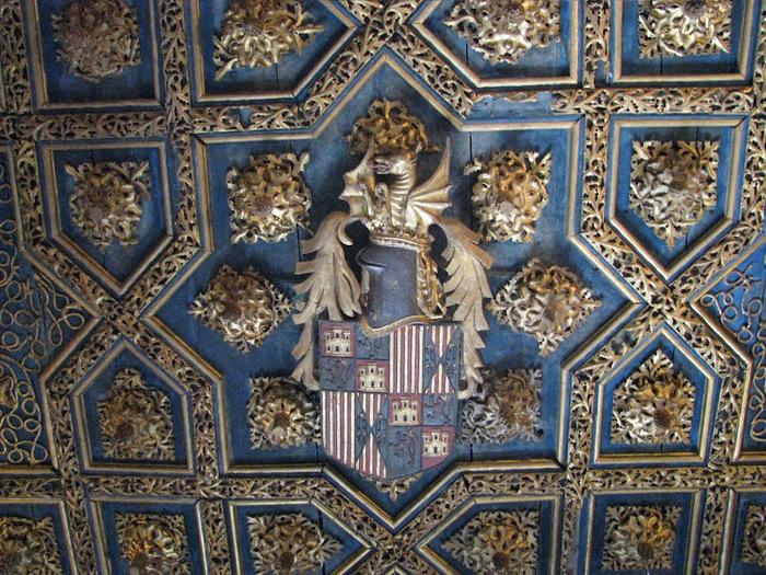 Замок Альхаферия (Castillo de Aljaferia) - жемчужинa испанского исламского наследия 48758