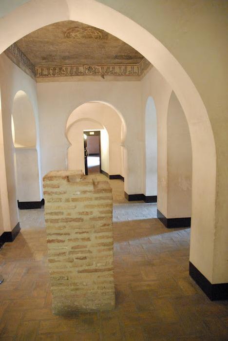 Замок Альхаферия (Castillo de Aljaferia) - жемчужинa испанского исламского наследия 72619
