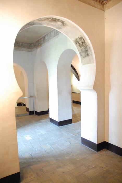 Замок Альхаферия (Castillo de Aljaferia) - жемчужинa испанского исламского наследия 19090