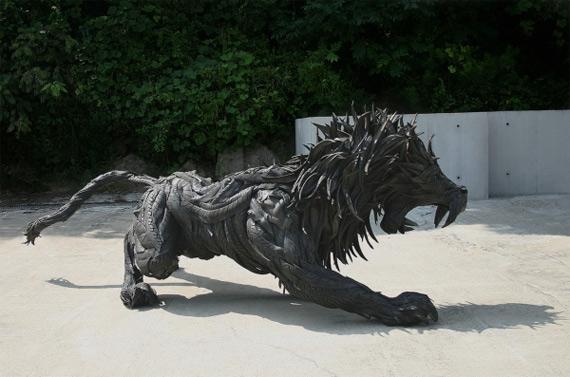 Скульптуры из покрышек1