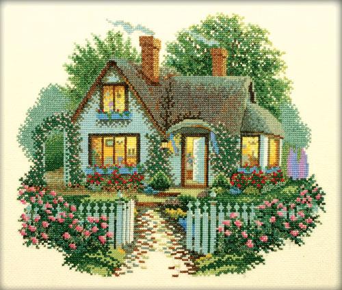 Маленький уютный домик.