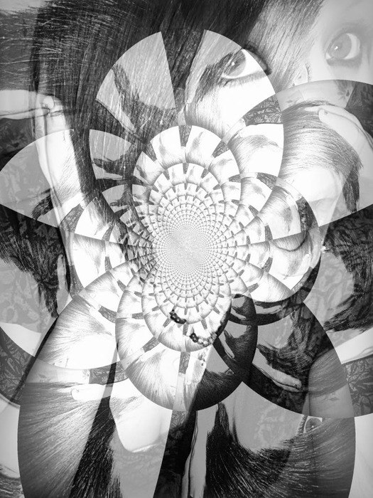 hypnotic (525x700, 130Kb)