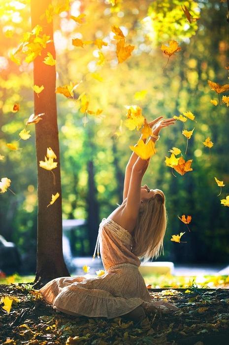 картинки, фото,осень,девушка и природа,листья (465x700, 143Kb)