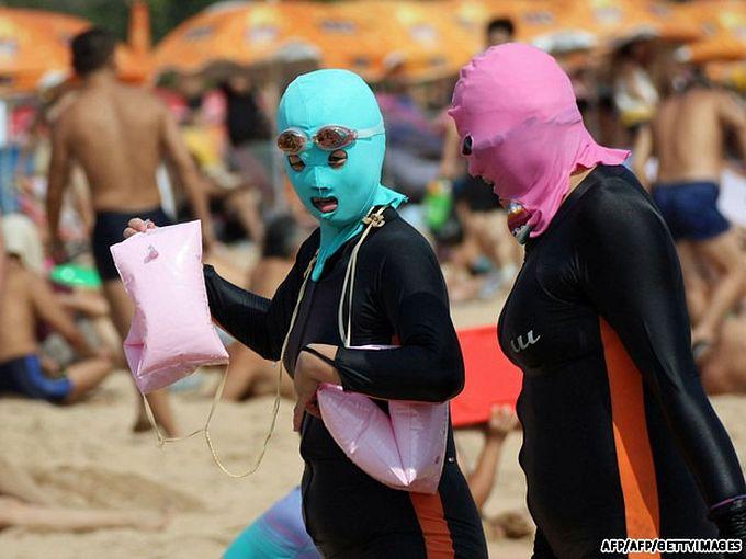 китайские купальники Face-kini 1 (680x510, 58Kb)