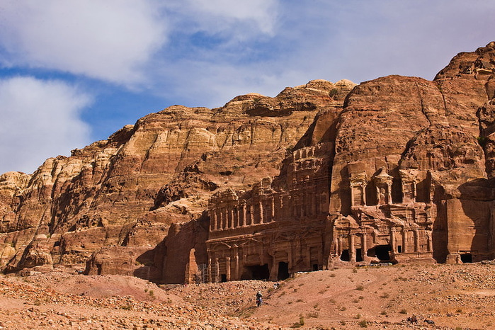 древний город петра в иордании/3185107_petra_iordaniya (700x466, 159Kb)