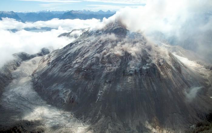 Volcán_Chaitén-Sam_Beebe-Ecotrust-990x620 (700x438, 74Kb)