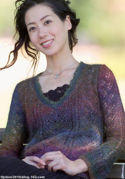 вязать ажурный пуловер спицами из тонкой пряжи