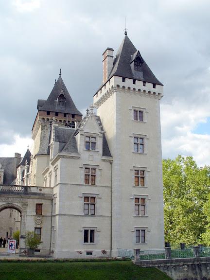 Замок По - Родовой замок Бурбонов 29773