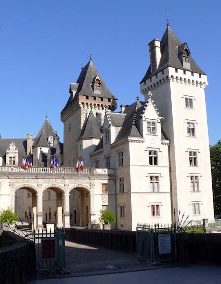 Замок По - Родовой замок Бурбонов 44061