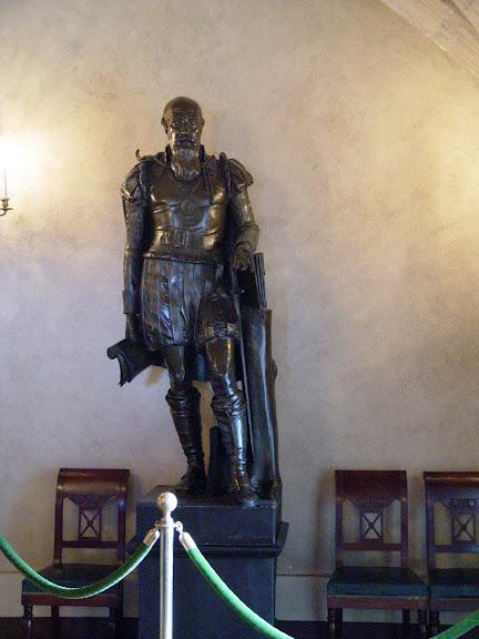 Замок По - Родовой замок Бурбонов 73968