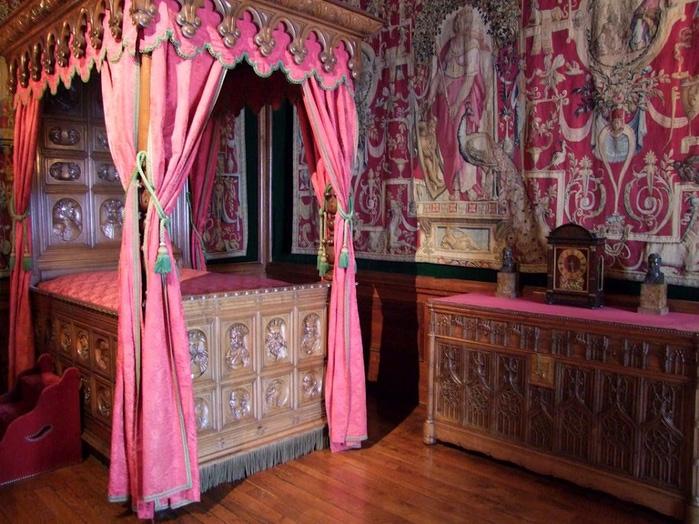 Замок По - Родовой замок Бурбонов 86947
