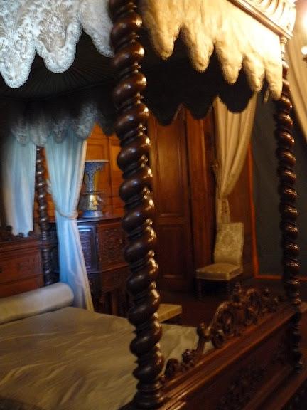 Замок По - Родовой замок Бурбонов 45760