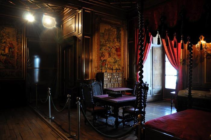 Замок По - Родовой замок Бурбонов 66979