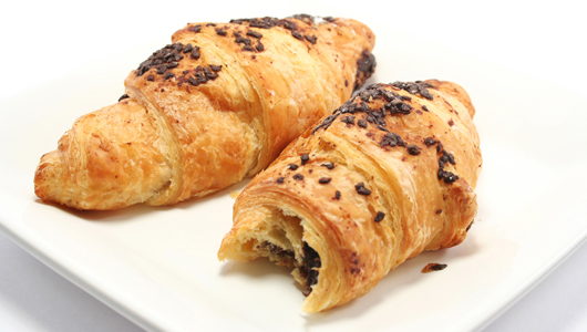 croissants_into_plastic_1 (530x300, 128Kb)