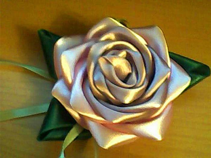 Цветок из ленты своими руками мастер класс