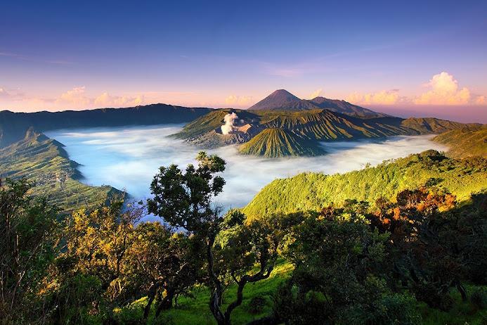 Национальный парк Бромо-Тенггер-Семеру, Индонезия. (693x462, 153Kb)