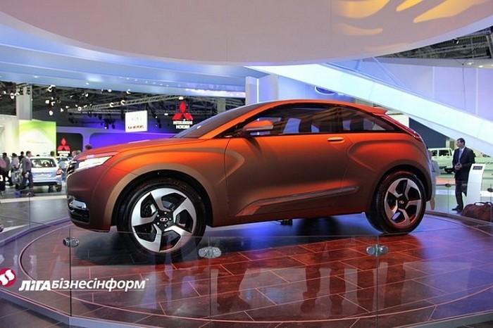 Lada XRAY новый российский автомобиль