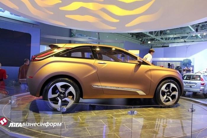 Lada XRAY новый российский автомобиль 4 (700x466, 86Kb)