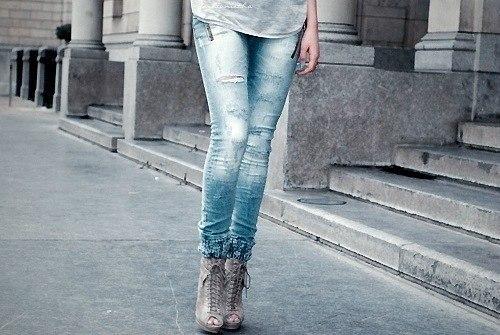 девушки картинки красивые в джинсах