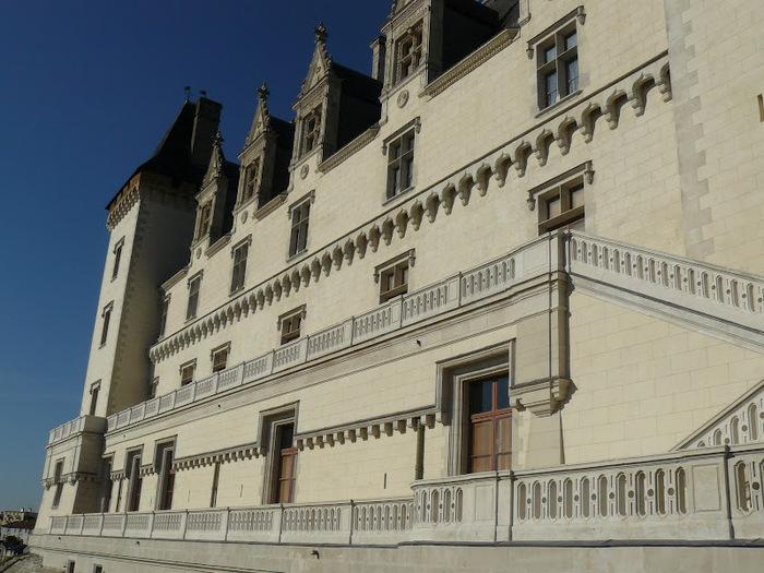 Замок По - Родовой замок Бурбонов 24352