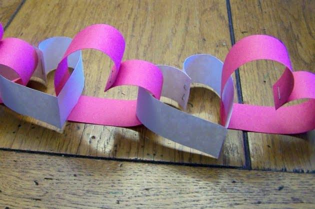 Guirlanda-feita-com-corações-de-papel-1 (630x418, 144Kb)