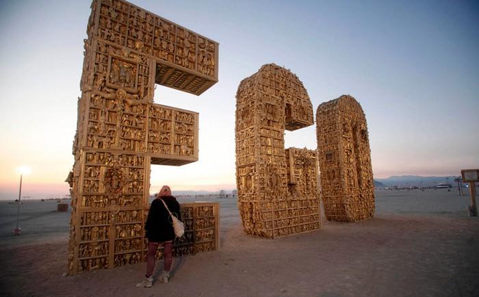 Лучшие фото фестиваля Burning Man 2012 18 (700x434, 91Kb)