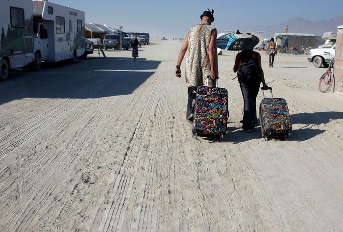 Лучшие фото фестиваля Burning Man 2012 42 (700x473, 116Kb)