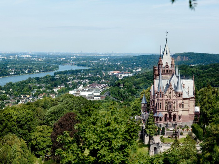 schlossdrachenburg01-0 (700x525, 128Kb)