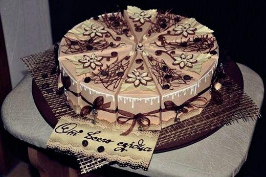 Картонный торт с поздравлениями