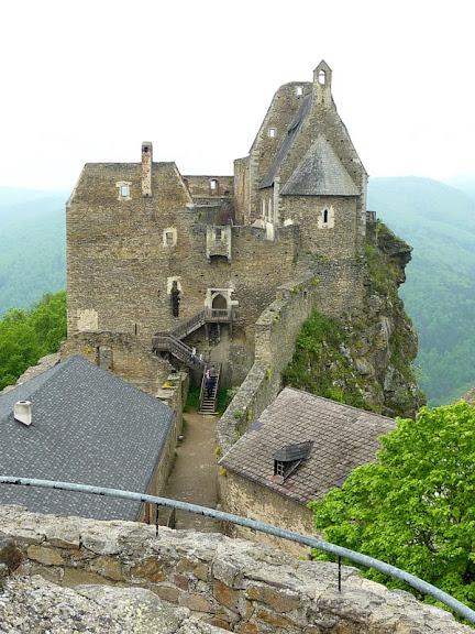 Развалины замка Аггштайн у вод Дуная 63898