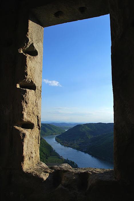 Развалины замка Аггштайн у вод Дуная 47176