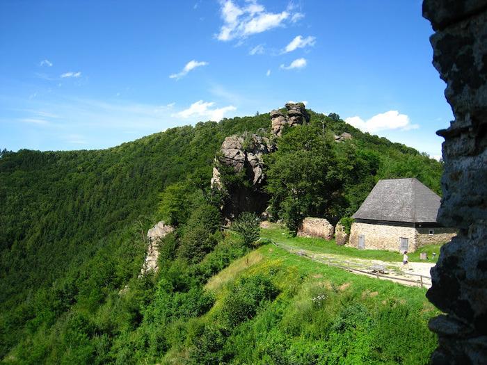 Развалины замка Аггштайн у вод Дуная 95394