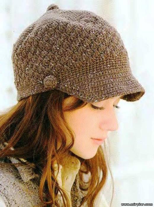 Вяжем шапку с козырьком женская 263