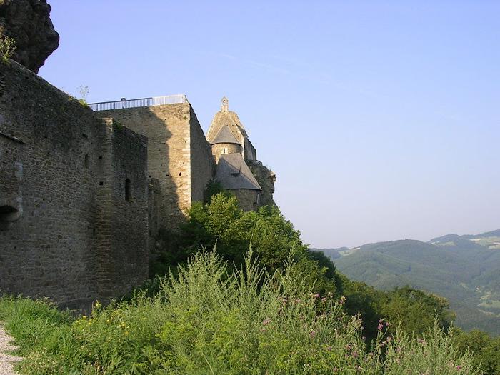 Развалины замка Аггштайн у вод Дуная 33014