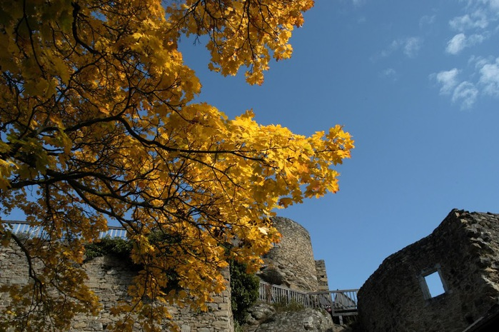 Развалины замка Аггштайн у вод Дуная 90911