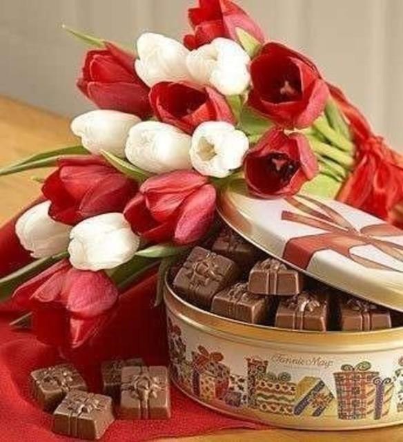 Фото цветов и подарок женщине
