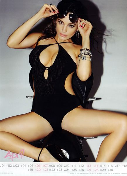 Kelly Brook5 (434x600, 36Kb)