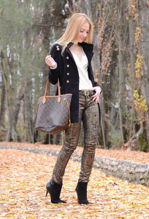 Каждая настоящая женщина старается уделить особое внимание обуви. Ведь по ней можно даже определить характер человека. обувь осень 2012