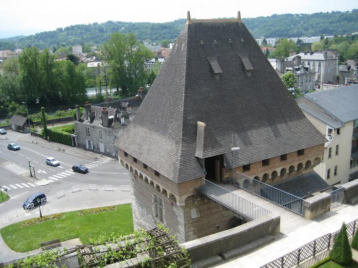 Замок По - Родовой замок Бурбонов 86206