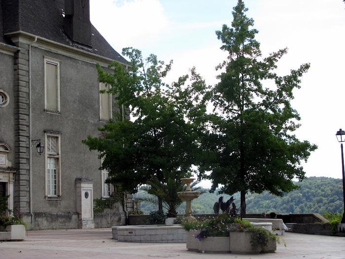 Замок По - Родовой замок Бурбонов 35181