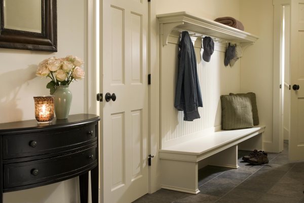 Nic20Mudroom20bench-resized-600 (600x402, 415Kb)