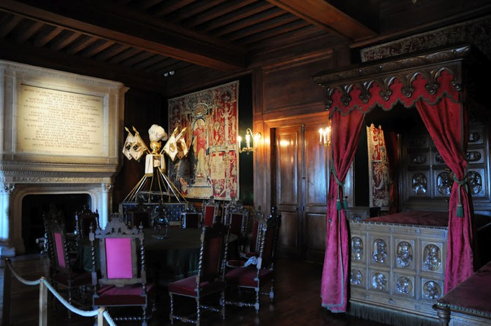 Замок По - Родовой замок Бурбонов 11524