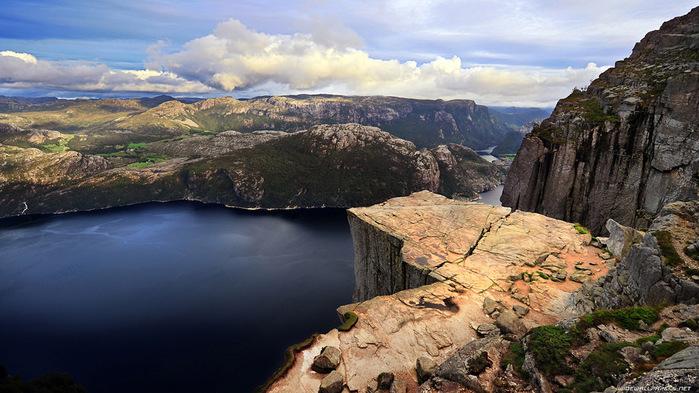 утес Прекестулен норвегия фото 8 (700x393, 134Kb)