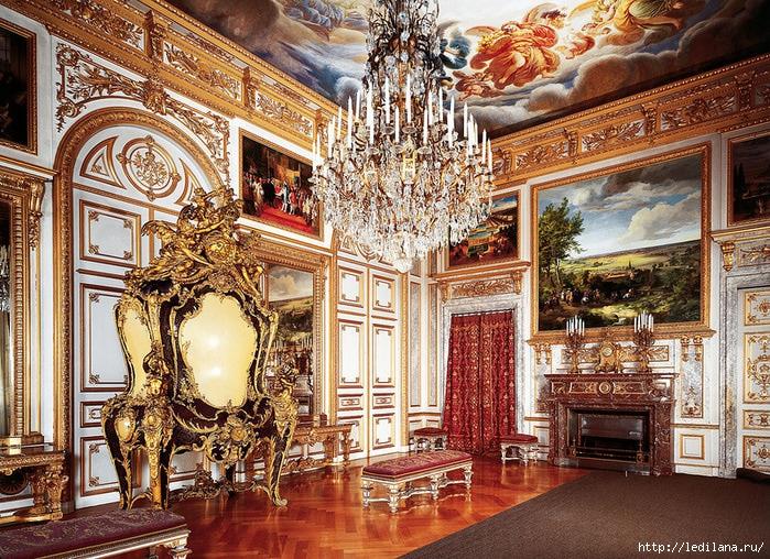 Замок Херренкимзее - баварский Версаль17 (700x508, 433Kb)