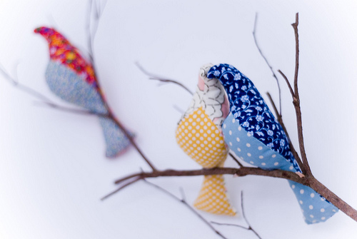 2.22.10-fabric-bird-wall-decor-sewliberated-blue-bird (500x335, 62Kb)